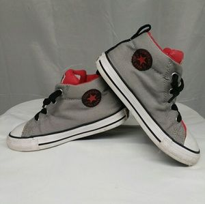 Converse boys size10, all star sneaker (w1p)
